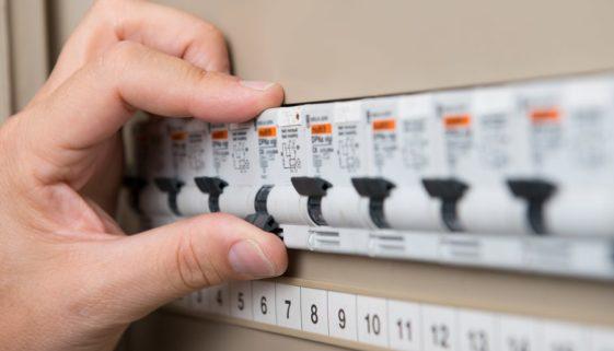 Sicherungen im Stromverteilerkasten